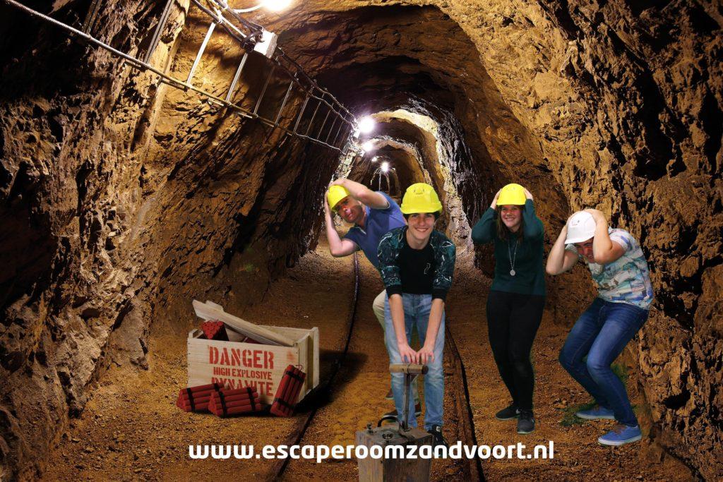 mijnwerkers in schacht escaperoom zandvoort